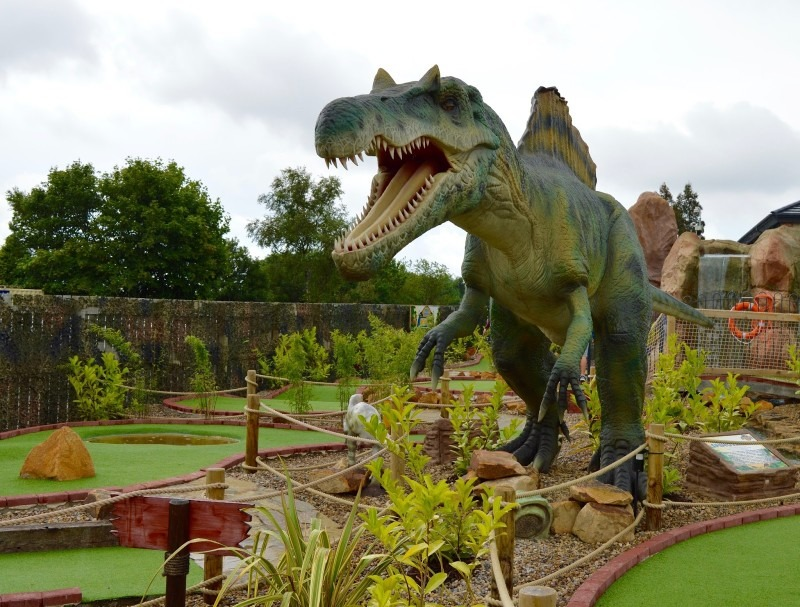 Dinosaur Encounter Morpeth Golf Attractions Mobile